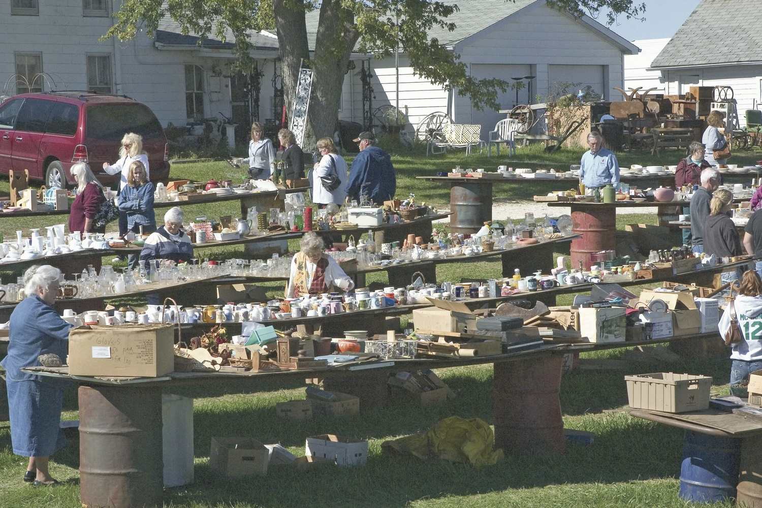 Plan Your Weekend Garage Sale Route Now – How To Plan A Garage Sale